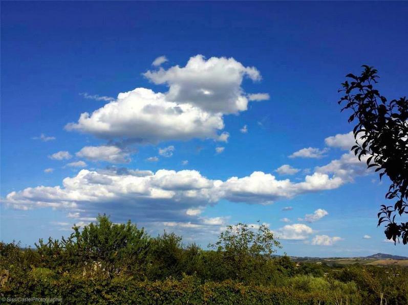 Campagna romagnola con nuvole