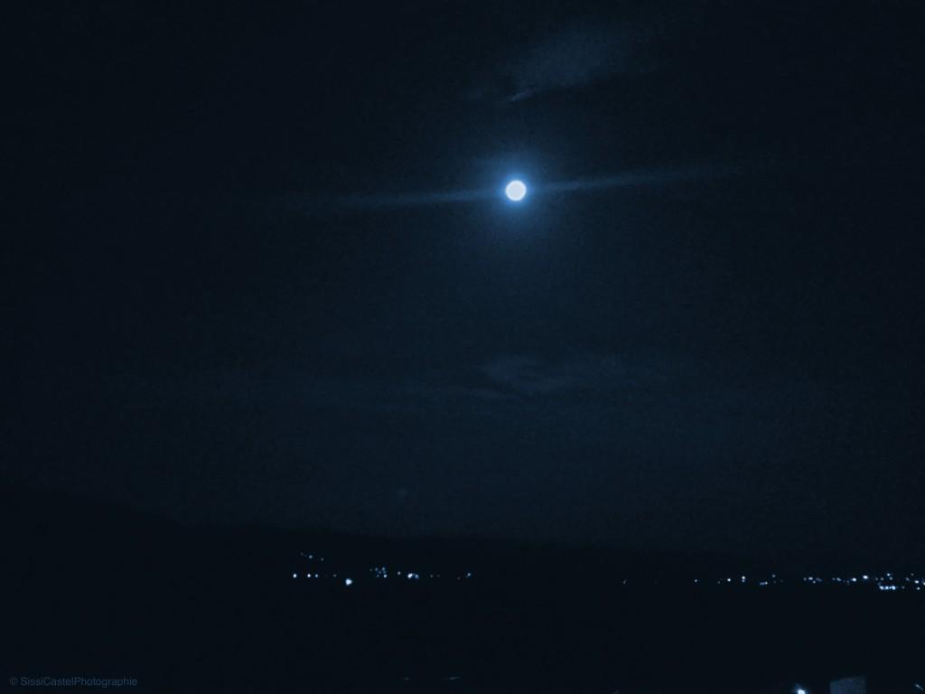 Luna.Blu